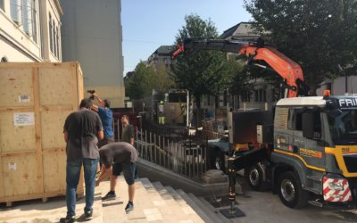 Delivery of XPS and TOF-SIMS systems